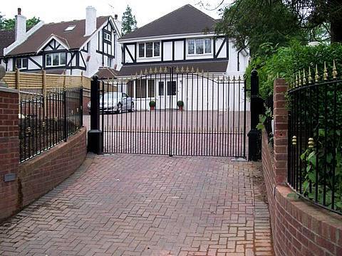 Steel Security Gates Plus Auotmation